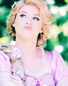 rapunzel tangled  #disney #facecharacter #disneyfacecharacter #disneycharacter #disneycastmember Disney Now, Disney Tangled, Disney And More, Disney Parks, Walt Disney World, Disney Pixar, Non Disney Princesses, Rapunzel And Eugene, Princess Rapunzel