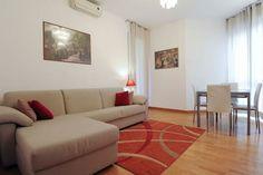 Dai un'occhiata a questo fantastico annuncio su Airbnb: ISOLA 5 APARTMENT - Appartamenti in affitto a Milano