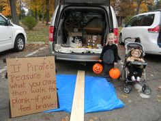 """Pirate Trunk Or Treat! """"If Pirate's treasure is what you crave, then walk to plank, if you feel brave"""" (halloween college boy) Pirate Halloween, Halloween Signs, Holidays Halloween, Halloween Treats, Fall Halloween, Halloween Party, Boys Pirate Costume, Halloween College, Halloween Costumes"""