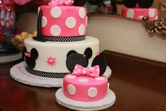 little personal cake for the birthday girl. Cute idea if she's still into Mickey for her 2nd bday
