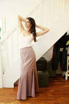 Modebewusst – Wie Fair Fashion anzüglich aussehen kann – Projekt Nachhaltigkeit Skirts, Outfits, Fashion, Vegan Fashion, Sustainability, Tall Clothing, Moda, Fashion Styles, Skirt