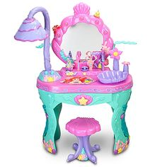 litle toys: