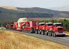 Heavy haulage roadtrain with 3 Faun Koloss FBF's and 2 Trojan Show Trucks, Big Rig Trucks, Mini Trucks, Old Trucks, Train Truck, Road Train, Heavy Construction Equipment, Heavy Equipment, Construction Machines