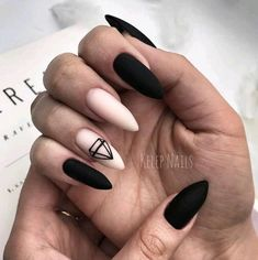 Want some ideas for wedding nail polish designs? This article is a collection of our favorite nail polish designs for your special day. Summer Acrylic Nails, Best Acrylic Nails, Matte Nails, Black Nails, Spring Nails, Black Manicure, Summer Nails, Manicures, Nail Manicure