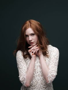 Celebrities - Karen Gillan Photos collection You can visit our site to see other photos. Karen Sheila Gillan, Popular Actresses, Dull Hair, Amy Pond, Marvel, Inverness, Redheads, Cool Hairstyles, Bride Hairstyles