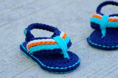 Baby Booties Crochet Pattern for Sporty Baby by TwoGirlsPatterns