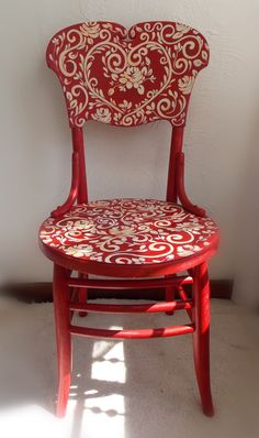 I am so going to do this to a chair.this one is: Reverse Red Toile Painted Chair ~ Art Scherer ~ Beautiful Living Hand Painted Furniture, Funky Furniture, Paint Furniture, Repurposed Furniture, Furniture Projects, Furniture Makeover, Hand Painted Chairs, Painted Rocking Chairs, Painted Stools