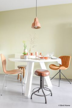 When you set out to improve your home, you might be overwhelmed by all the things. White Round Tables, Home Studio, Shabby Chic Homes, Soft Colors, Rustic Style, Interior Inspiration, Conference Room, Dining Table, Living Room
