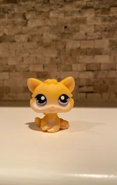 orange kitten Purples eyes with pink magnet Littlest pet shop Needle Felted Animals, Felt Animals, Orange Kittens, Little Pet Shop Toys, Fabric Dolls, Rag Dolls, Disney Colors, Disney Coloring Pages, Cute Toys