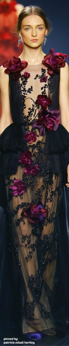 Marchesa Fall 2016 RTW - Darker floral surface design flower detailing