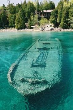 Sunken shipwreck in the shallow waters near, Tobermory, Ontario, Canada