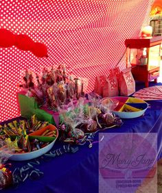 Mesa de snak  y dulces