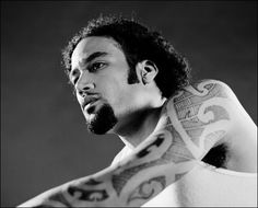 Ben Harper - beautiful man, beautiful tattoos, beautiful music.