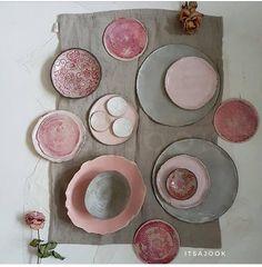 H A N D M A D E c e r a m i c s Bit stress out here! Problem with the ceramic … H A N D M A D E c e r a m i c s Bit stress out here! Problem with the ceramic killn. It will be fixed today … Ceramic Tableware, Ceramic Clay, Pottery Plates, Ceramic Pottery, Cerámica Ideas, Keramik Design, Dinner Sets, Dinnerware, Decorative Plates