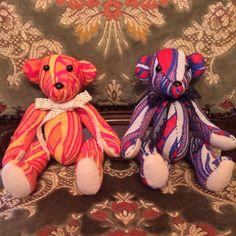 Pair bears