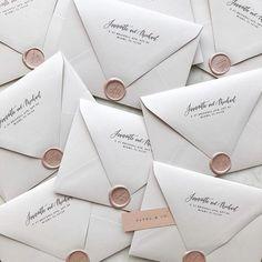 Blush wax seals on white wedding envelopes Cheap Wedding Invitations, Wedding Envelopes, Wedding Invitation Design, Wedding Stationary, Party Invitations, Invites, Sweet Messages, Wedding Thank You Cards, Wedding Inspiration