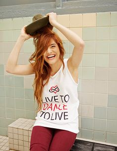 I love Chachi's shirt!! It's so true :)