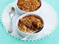 Banaani-murupaistos Healthy Baking, Granola, Margarita, Dog Food Recipes, Macaroni And Cheese, Cereal, Sweets, Breakfast, Ethnic Recipes