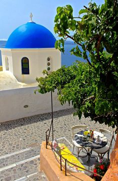 The 10 'Must Try' Restaurants in Santorini | Old School Traveller | Bloglovin'