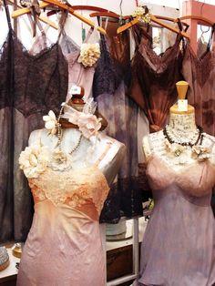 Nuisettes et fonds de robes à l'ancienne ♥