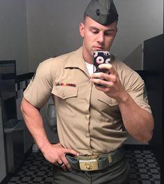 Some Hot Looking Military Men showing off for you Sexy Military Men, Army Men, Hot Cops, Men In Uniform, Cop Uniform, Shirtless Men, Muscle Men, Muscle Fitness, Big Men