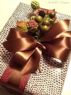 Autumnal Gift Wrapping. Gorgeous