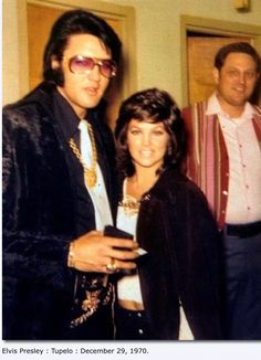 Rare Photo of Elvis picking up a Badge in His Hometown Tupelo!