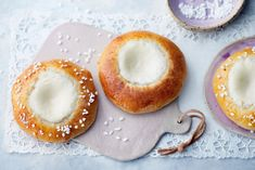 Rahkapullat Doughnut, Panna Cotta, Ethnic Recipes, Desserts, Mat, Finland, Foods, Kite, Tailgate Desserts