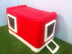 Cat Pod/ 2 Doors, Outdoor Cat House, shelter, bed, condo. for outdoor cats