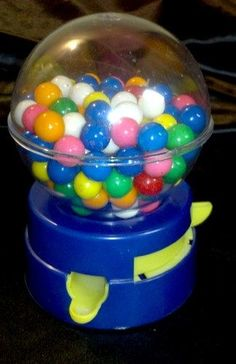 Got nostalgia? Awesome 1980s kids collectible! RARE VINTAGE 80s TOY GUMBALL VENDING MACHINE PLASTIC CANDY VENDOR W/ OLD COINS - on eBay! | http://amazingelectronictoys.blogspot.com