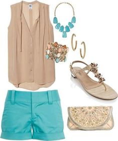 Love the colors of the outfit! So cute and summery! (or springy?) |Spring fashion||Summer fashion||Outfit ideas||Shorts outfit||Dressy casual||Blouses||Comfortable fashion|