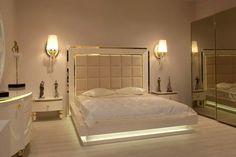 Modern Luxury Bedroom, Luxury Bedroom Design, Bedroom Bed Design, Bedroom Furniture Design, Luxurious Bedrooms, Curtain Designs For Bedroom, Simple Bedroom Design, Wardrobe Design Bedroom, Bedroom Decor For Couples