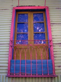 Caminito, La Boca, Buenos Aires World Of Color, Color Of Life, Buzzers, Colourful Buildings, Colouring Pics, Beautiful Architecture, Doorway, Facades, Windows And Doors