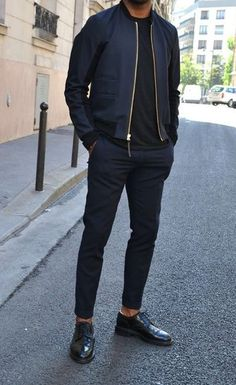 Casual Wear For Men, Stylish Mens Outfits, Business Casual Outfits, Denim Shirt With Jeans, Denim Shirts, Ripped Jeans, Mens Athletic Fashion, Mens Slacks, Men Style Tips