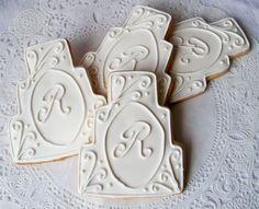 monogrammed wedding cake cookies