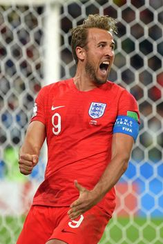 Harry Kane of England celebrates after scoring his team's first goal during the 2018 FIFA World Cup Russia Round of 16 match between Colombia and. Soccer World Cup 2018, Fifa World Cup, Real Madrid, Manchester United, Tottenham Hotspur Players, England National Team, Russia World Cup, Harry Kane, Fc Chelsea