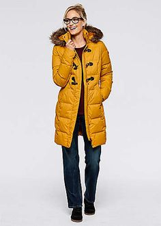 A thigh-length winter coat with down and feather filling to keep out the cold. Zip fastening beneath duffel buttons at the front. Machine washable. Sleeve length approx. 63 cm. Length approx. 90 cm.