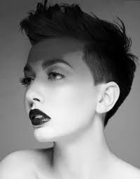 Risultati immagini per tagli capelli corti donna 2015 rasati