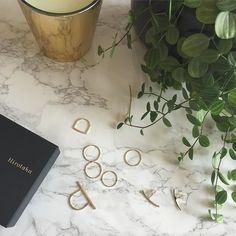#Hirotaka  #rings #piercedearring  Chicなイヤーカフも充実しているのでピアスができない方もチェックしてみてくださいね by yoshikotomioka