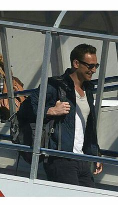 Still lost in Tom's glow send help, hiddlesfashion:   Tom Hiddleston has officially...