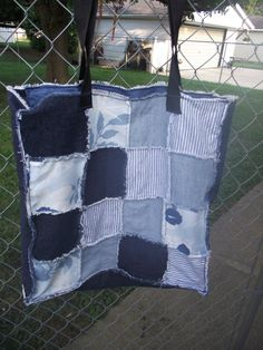 MARKET BAG   Denim -would be cute in a quilt