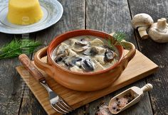 Taci si inghite / Mamaliga in straturi - reteta video How To Cook Mushrooms, Hungarian Recipes, How To Cook Chicken, Meat Recipes, Cheeseburger Chowder, Food Styling, Stuffed Mushrooms, Goodies, Food And Drink