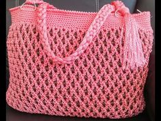 Sandy Cristalitos y crochet Free Crochet Bag, Crochet Shoes, Love Crochet, Knit Crochet, Crochet Stitches Patterns, Crochet Patterns For Beginners, Crochet Designs, Crochet Handbags, Crochet Purses