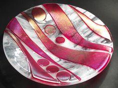Scrummy dish by Venus Art Glass £75.00