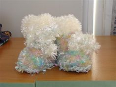 Knitted Feathers Pastel Mix New Born Baby Boots