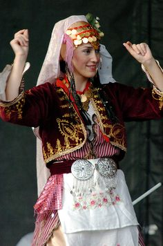 Youth Folk Dance and Music Ensemble, Republic of Turkey - Ministry of Culture and Tourism @ Ottawa Turkish Festival, July 2009 © Heather Kashmera