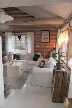 Cabin Design, Cottage Design, House Design, Log Home Interiors, Cottage Interiors, Log Cabin Furniture, Western Furniture, Log Home Living, Beach Cottage Decor