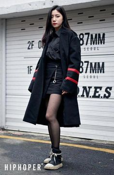 Korean Fashion Edgy Urban Feminine Chic Spring Fall Casual Outfit Source by redkale Ideas spring Hipster Outfits, Edgy Outfits, Casual Fall Outfits, Korean Outfits, Fashion Outfits, Fashion Ideas, Fashion Inspiration, Summer Outfits, Korean Fashion Trends