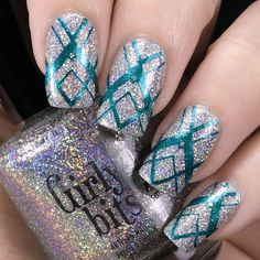 Nail Art by Belegwen: Girly Bits Don't Tangle Your Tinsel and Colour Alike Aurora