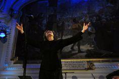 Houria Aichi pour son concert hommages aux grandes voix féminines d'Algérie 'Renayate' à l'hôtel de Ville de Roubaix, mars 2013